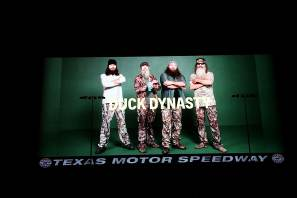Robertson Family (of Duck Dynasty Fame) Will Be Busy In Honorary Roles For Duck Commander 500